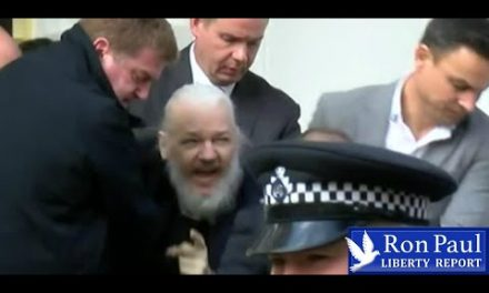 Are US/UK Trying To Kill Assange? – YouTube