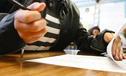 Substitute teacher says she was fired for criticizing high school students' absolutely awful grammar