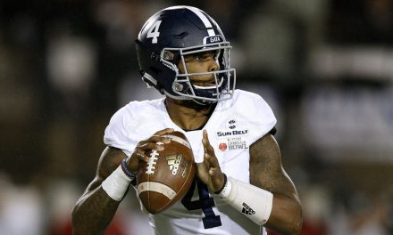 College football QB charged with having cocaine — he claims it was bird poop, and the charges were dropped